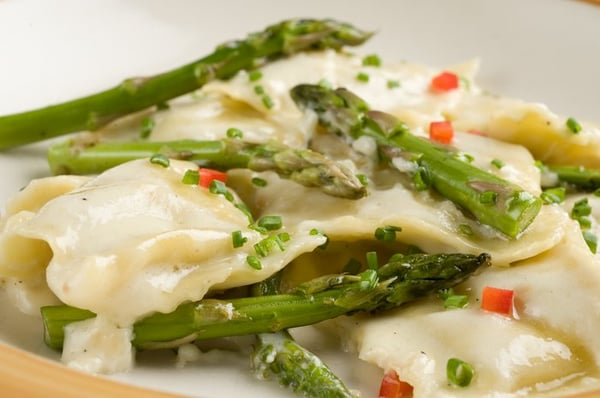 Ravioli With Garlic Cream Sauce Recipes — Dishmaps