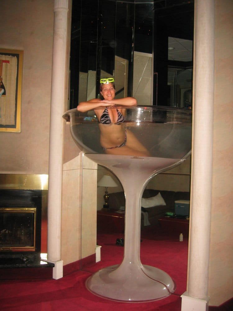 Seven-foot tall champagne glass hot tub in the Cleopatra ...