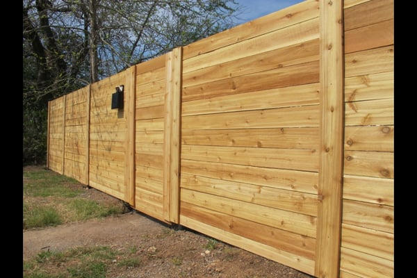 6 39 horizontal cedar fence done right yelp for Welborn garage doors austin