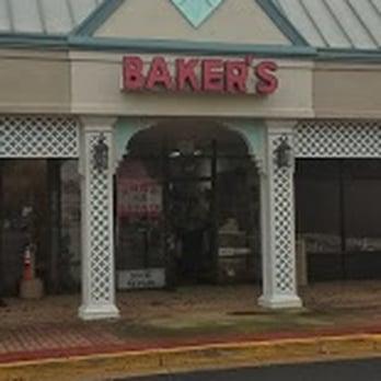 store front of baker s fredericksburg boot shoe repair