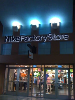 52 reviews of Nike Factory Store
