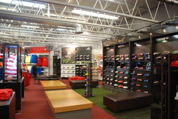 Get the latest soccer gear Shop at od7hqmy0z9642.gq soccerloco is the premier destination online to buy soccer shoes, jerseys, balls, equipment and more at the web's lowest prices. We offer the newest products from soccer's most trusted brands including Nike, adidas and Puma, as well as your favorite clubs like Barcelona, Manchester United and.