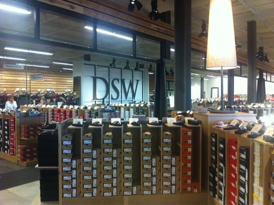Nashville West Shoe Stores