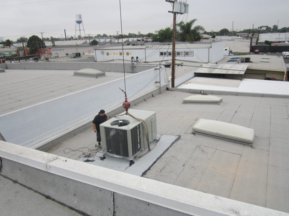 Setting 7 5 Ton Package Unit On Roof Curb In Long Beach Yelp