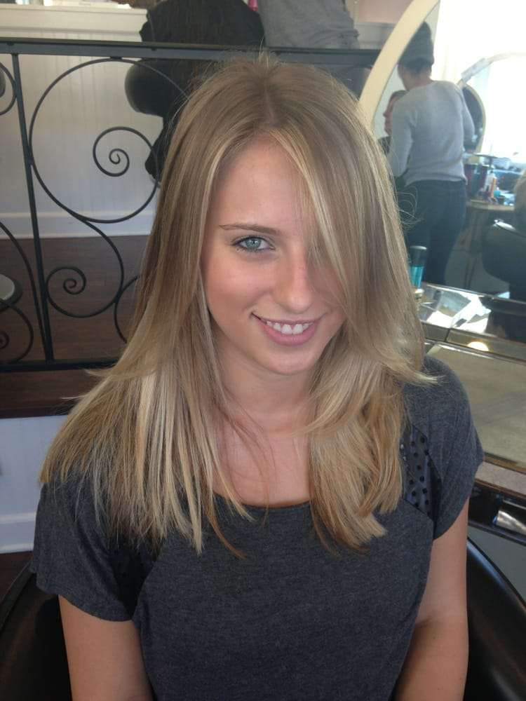 Dirty blonde ombré hair by Aileen Zambito | Yelp
