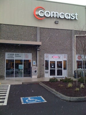 Xfinity Store by Comcast Coupons Spokane. Coupons near me app. Free coupon app for iphone and android.