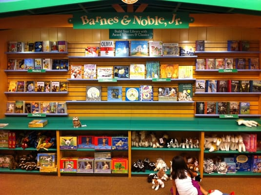 Barnes Amp Noble Booksellers 49 Reviews Bookstores