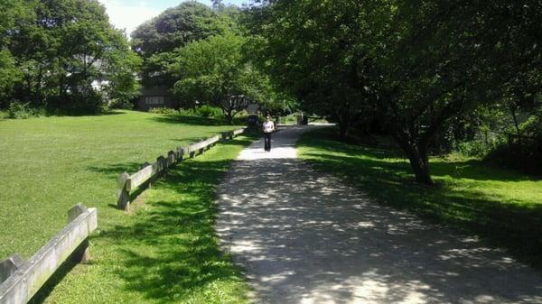 Menotomy Rocks Park Parks Arlington Ma Yelp